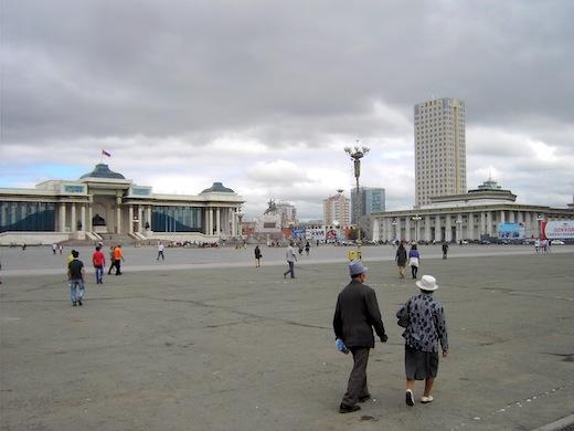 Het Sükhbaatarplein in hoofdstad Ulaanbaatar.