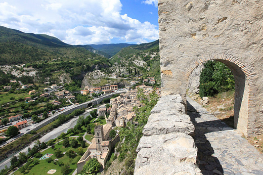 Entrevaux (foto: Mike Slone)