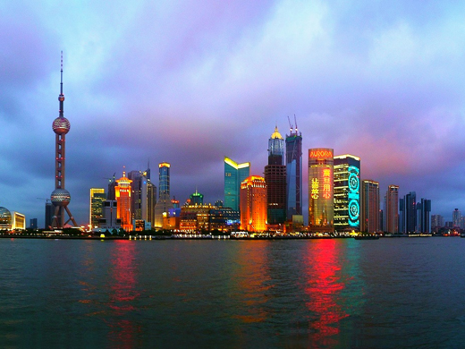 shanghai-china-skyline-avond