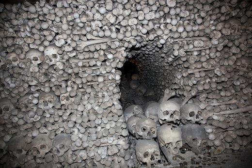 ossuarium-sedlec-botten