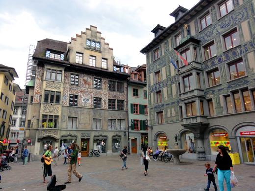 plein-altstadt-luzern-zwitserland